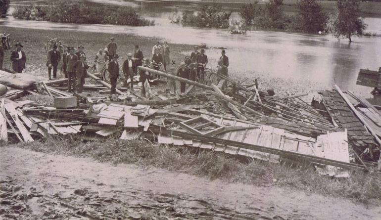 Hochwasser - Historisches-Rossbach